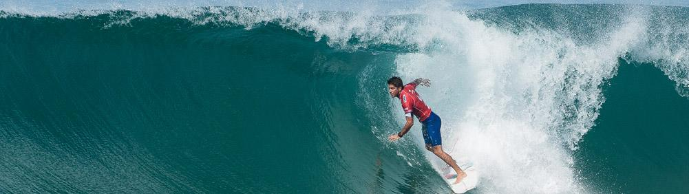 Sirf pros in Hossegor and Seignosse beach breaks