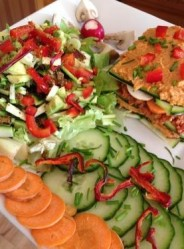 Surf and raw food workshops with Johanne Utard and Natural Surf Lodge