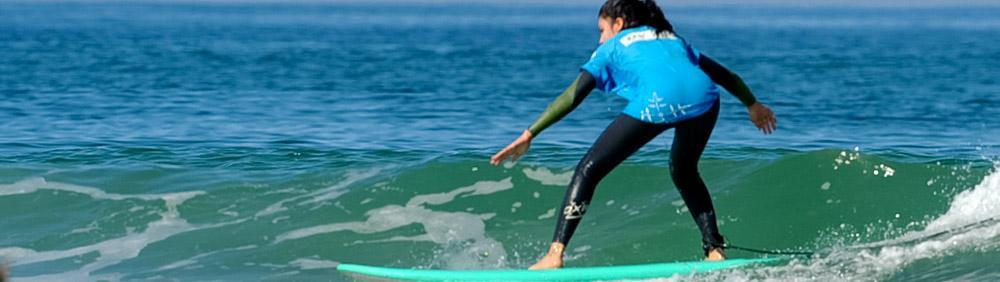 Surf camp for teenagers with Natural Surf Lodge is maximum surfing