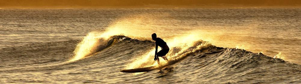 Longboard is fun and relaxed like on sunset session