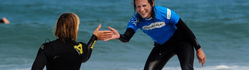 Share intense surfing moments with your surf instructor at Natural Surf School