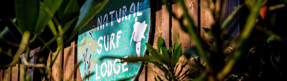 Logo maosaîque du Natural Surf Lodge à Seignosse